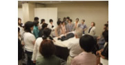 整体師松下先生が考案した骨盤調整体操講習