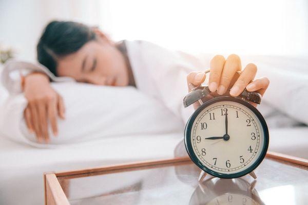 知らないと損する!最適な睡眠時間と睡眠効果について